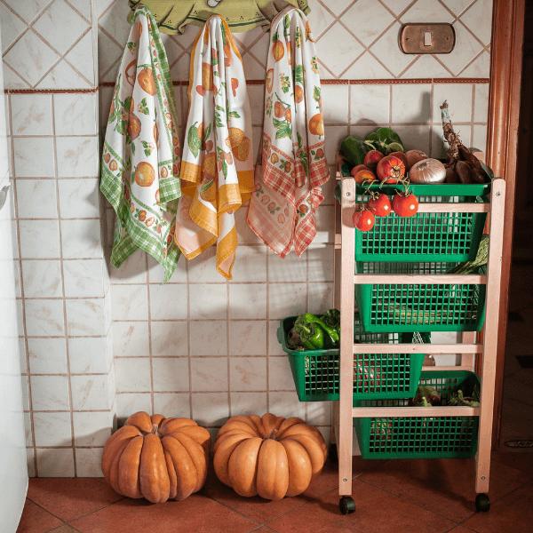 carrello-salvaspazio-legno-verde-cucina-porta-frutta (1)