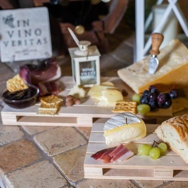 set-aperitivo-vassoio-pallet-legno