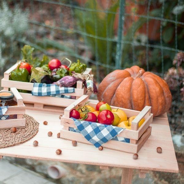 tavolo-pieghevole-salvaspazio-in-legno-di-faggio-interno-esterno-